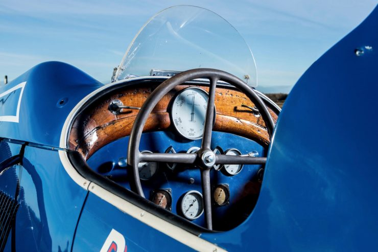 hispano suiza v12 vintage wooden hydroplane 11 740x493 - 36 Litre Hispano-Suiza V12 Powered Hydroplane