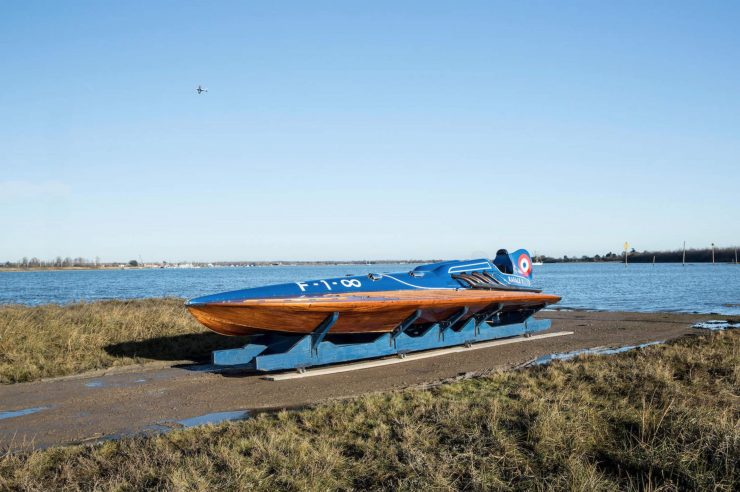 hispano suiza v12 vintage wooden hydroplane 2 740x492 - 36 Litre Hispano-Suiza V12 Powered Hydroplane