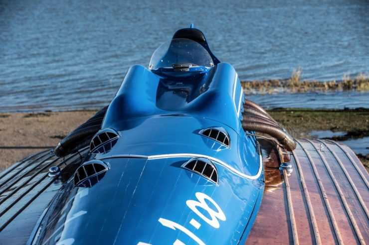 hispano suiza v12 vintage wooden hydroplane 29 740x492 - 36 Litre Hispano-Suiza V12 Powered Hydroplane