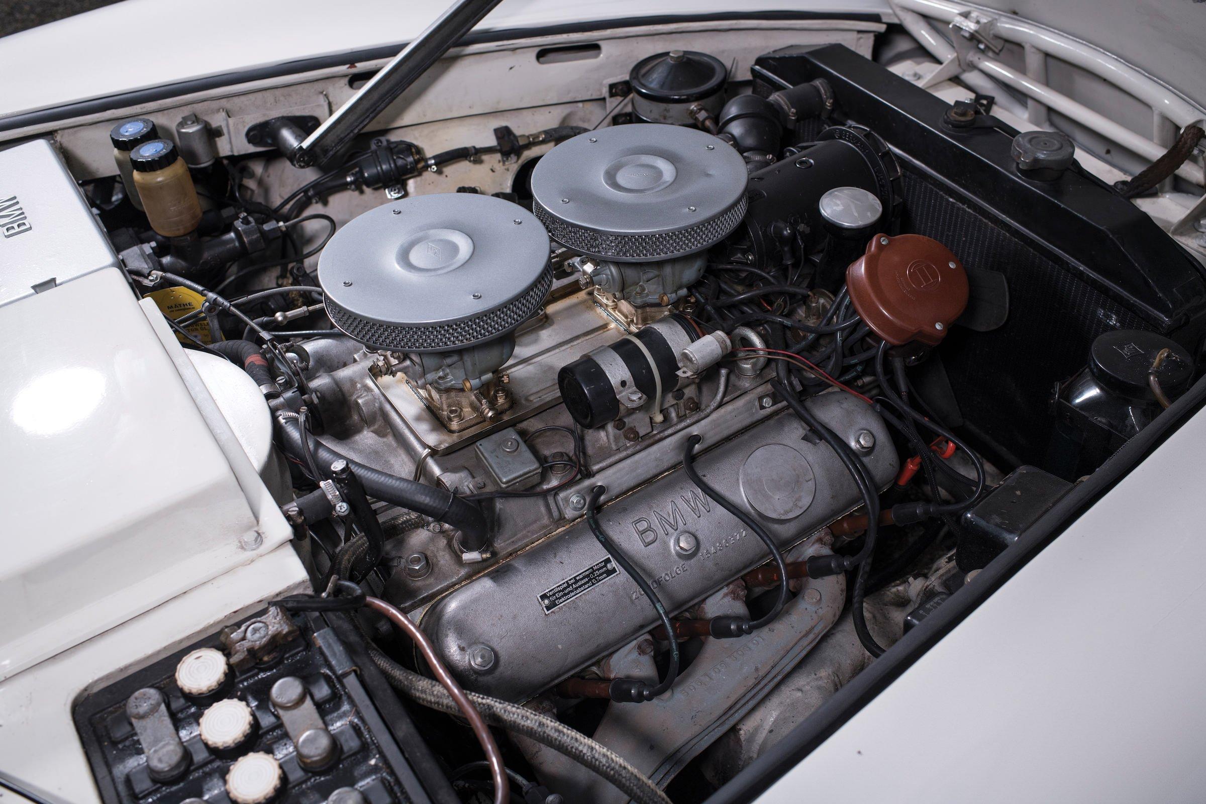 BMW 507 Roadster V8 Engine 740x493