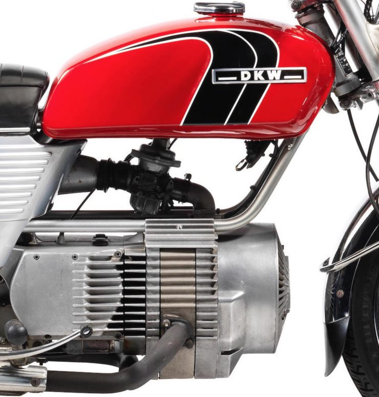 DKW W2000 Rotary - A Wankel Rotary Motorcycle Engine 3
