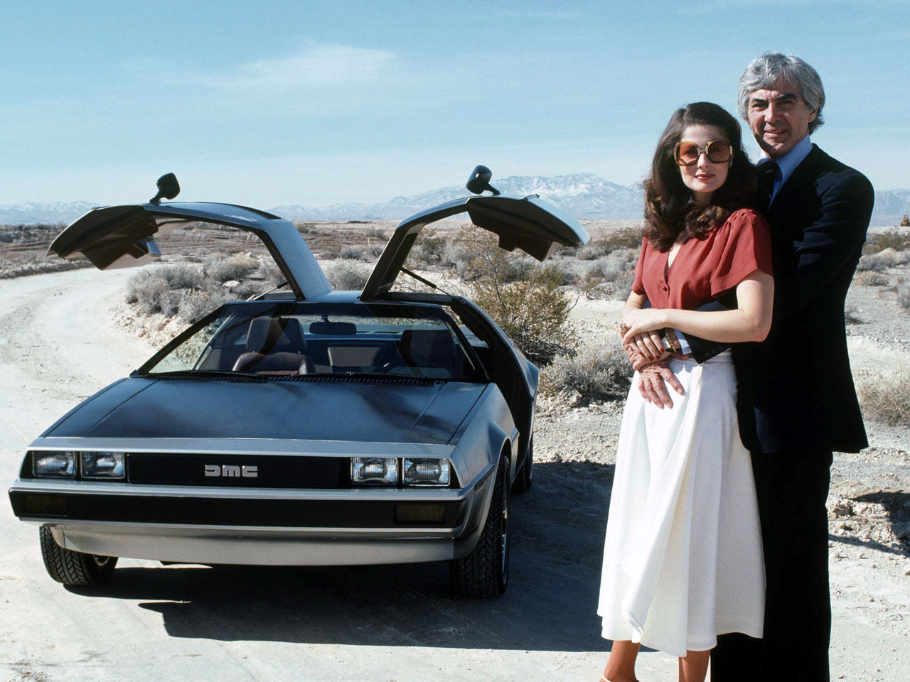 DeLorean DMC-12 John and Wife