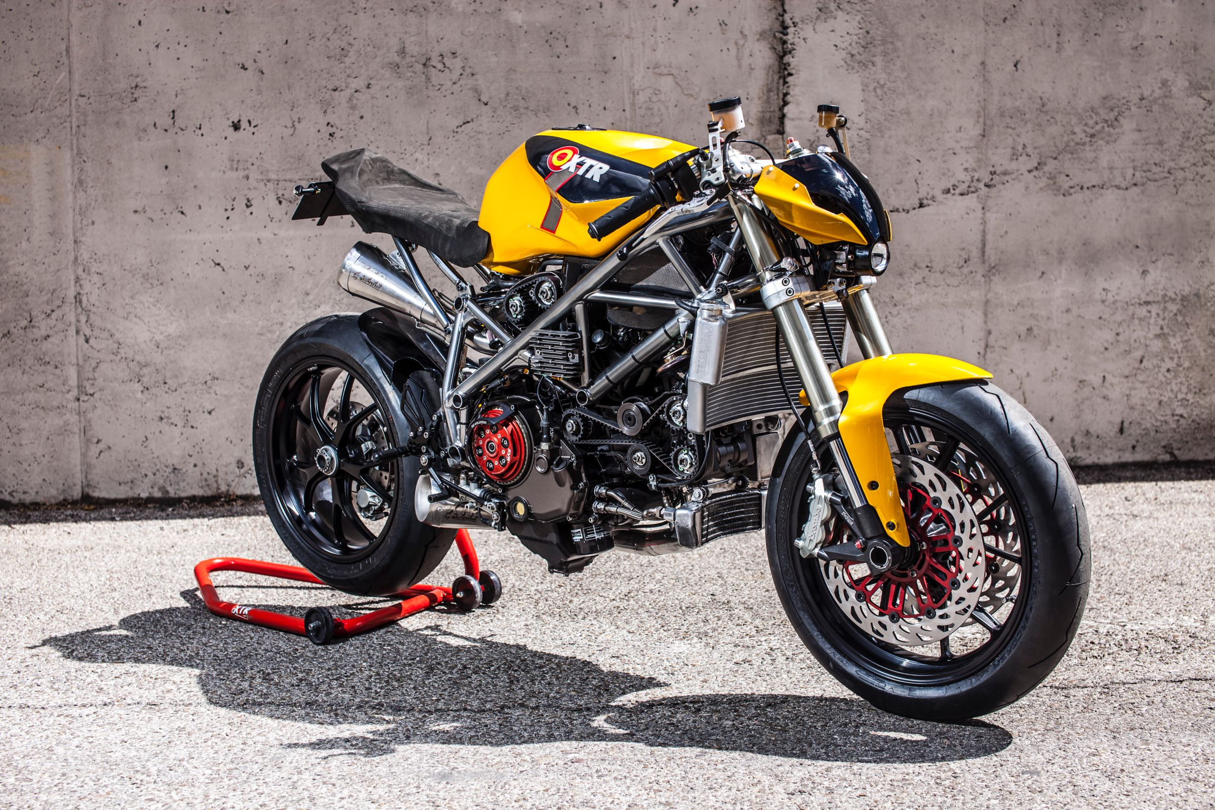 Ducati 848 Custom Street Fighter by XTR Pepo - Doud Maquina