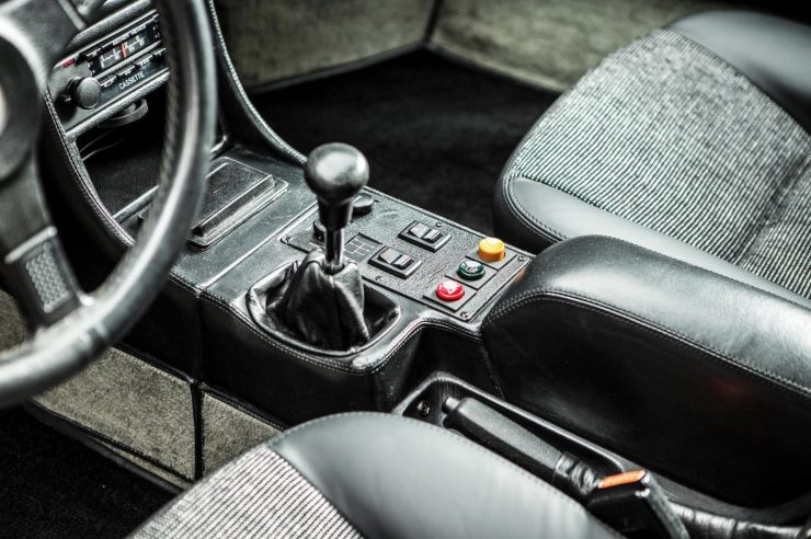 BMW M1 Car Shifter
