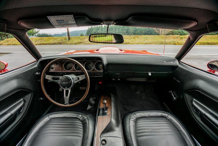 Plymouth Hemi Cuda Dashboard