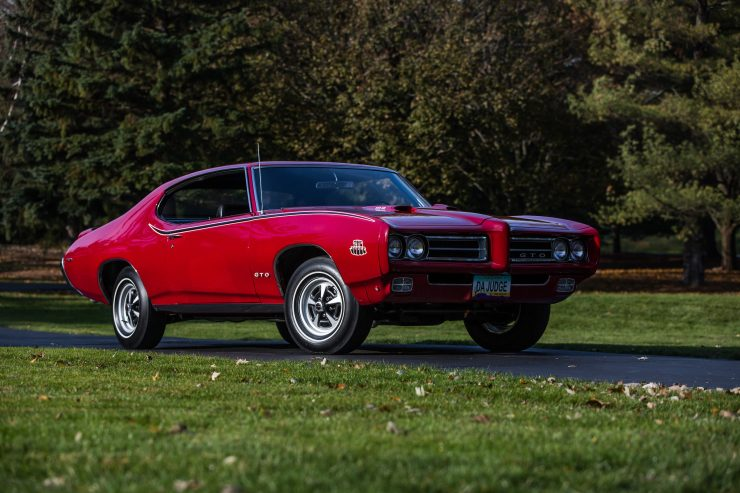 Pontiac GTO Judge Front Side