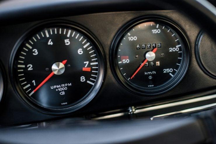 Porsche 911 Carrera Dash