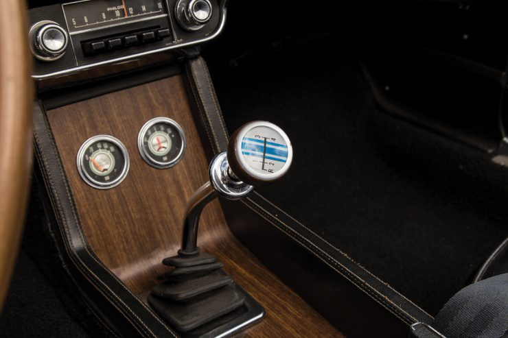 Shelby GT350 Convertible Shifter