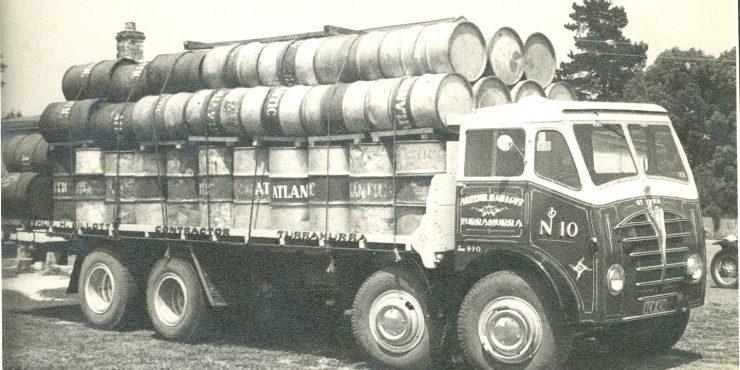 Foden twin-steer truck