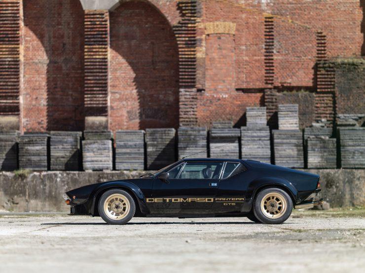 De Tomaso Pantera GT5 Side