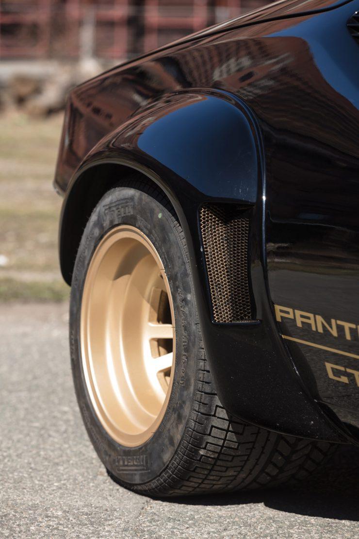 De Tomaso Pantera GT5 Fender Flares