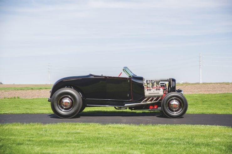 1932 Ford Blue Boy Roadster 2