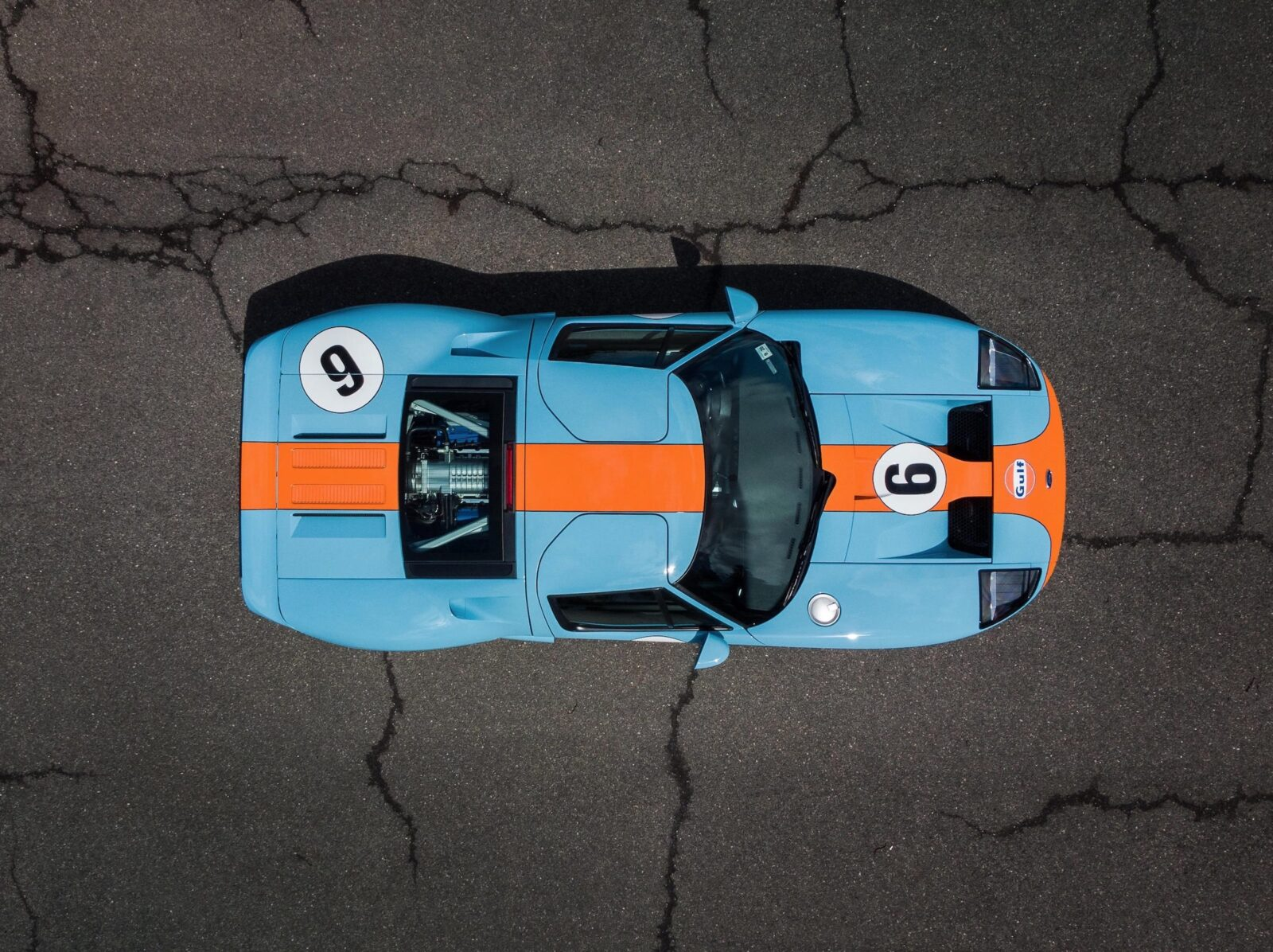 Ford GT Overhead