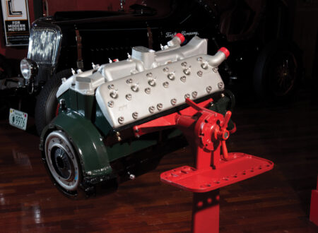 Lincoln-Zephyr V12 Engine