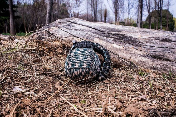 Herrlof Paracord Survival Kit Grenade