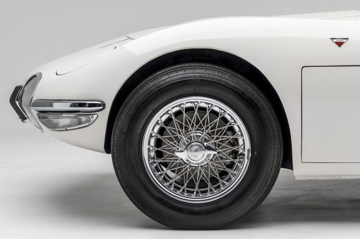 Toyota 2000GT Roadster Front Wheel