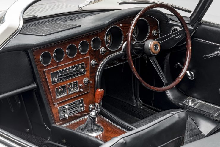 Toyota 2000GT Roadster Interior 2