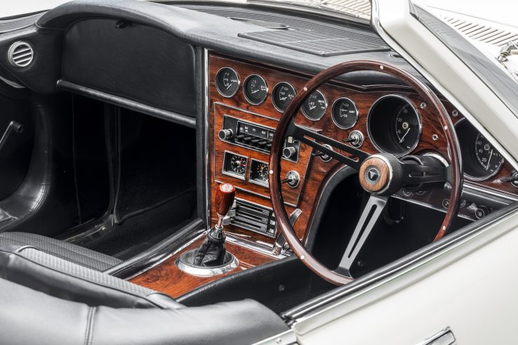 Toyota 2000GT Roadster Interior