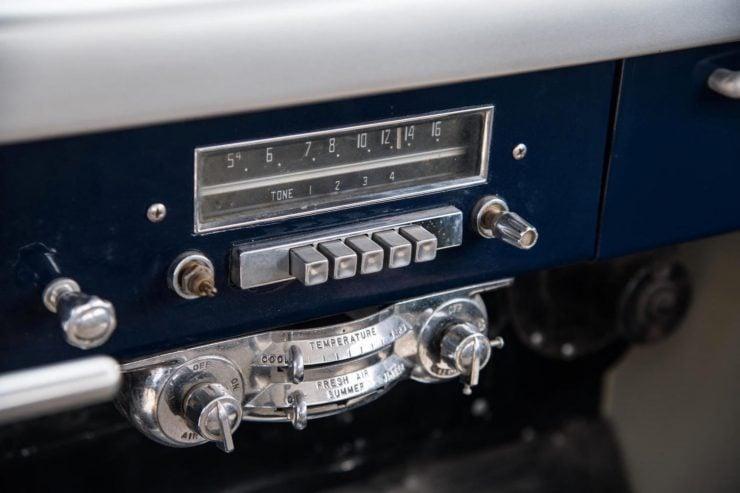 Cunningham C3 Radio