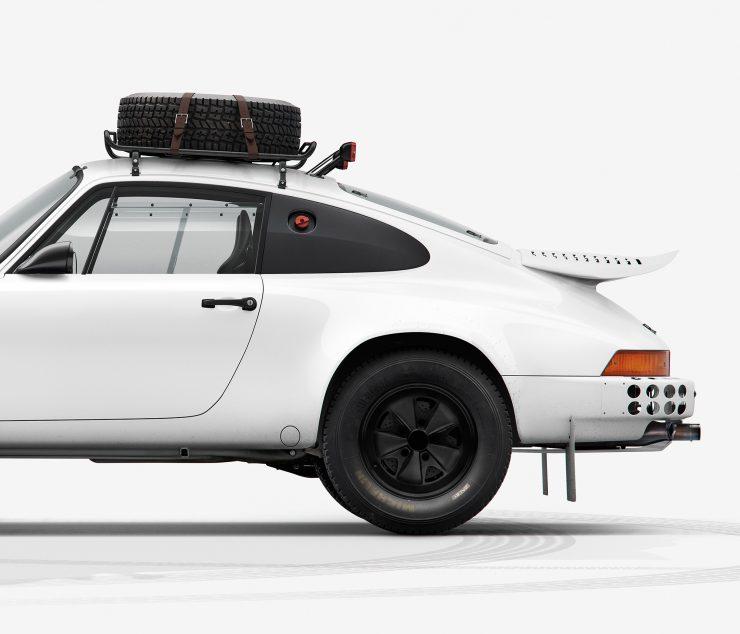 Porsche 911 Rally Side Detail