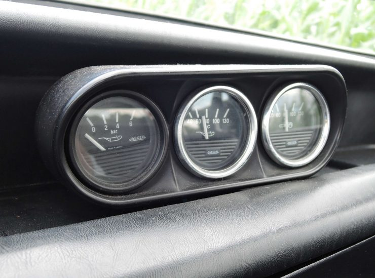 BMW 2002 Tii Gauges