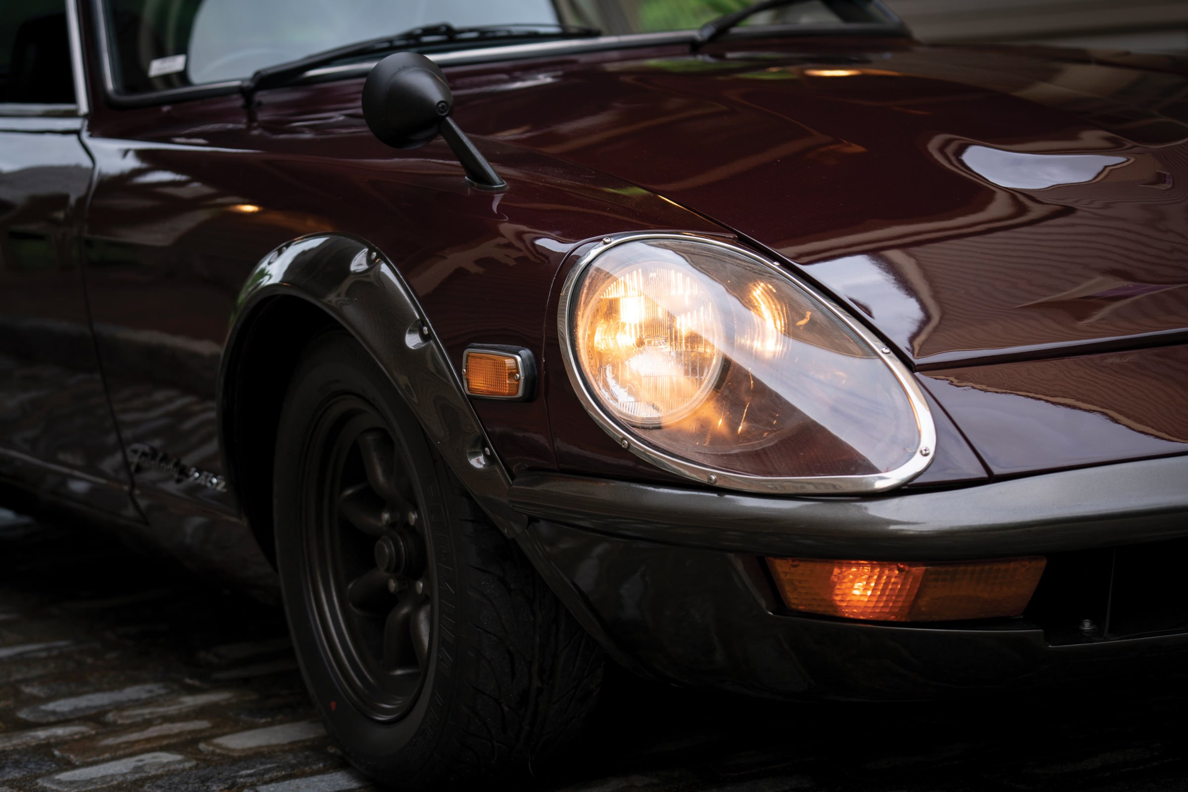 Nissan Fairlady 240Z Headlight