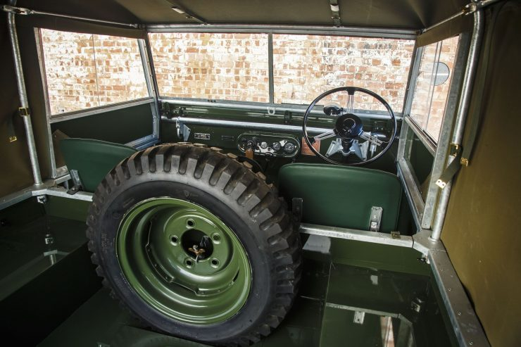 Land Rover Series I interior