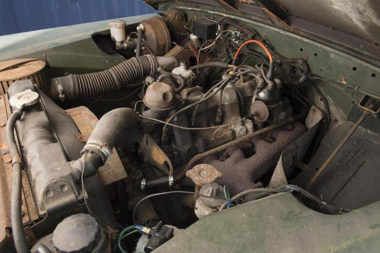 Land Rover Series IIa 2.6 liter six cylinder engine