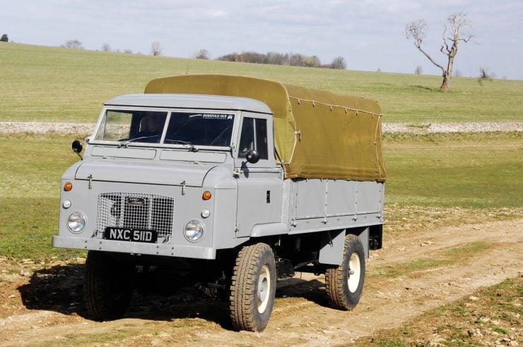 Land Rover Series IIb FC