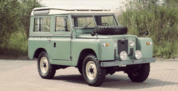 Land Rover Series IIa SWB Station Wagon