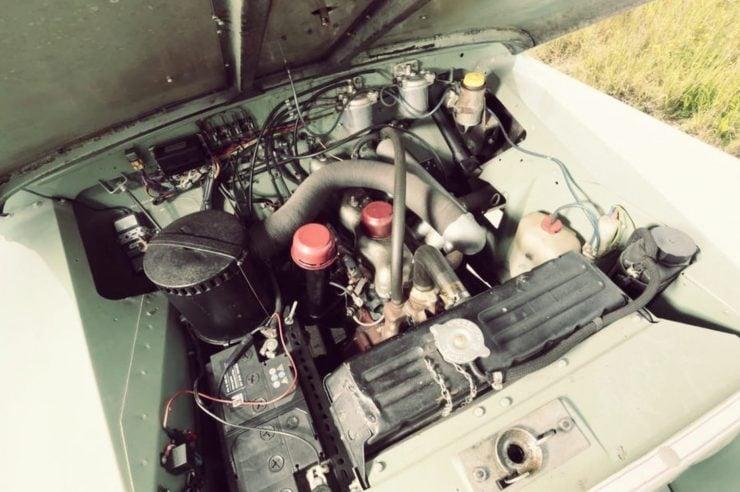 Land Rover 2.25 liter engine