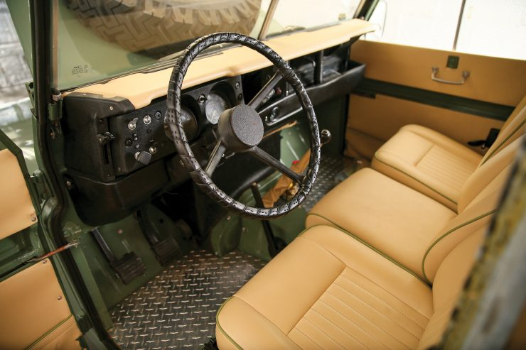 Land Rover Series III interior