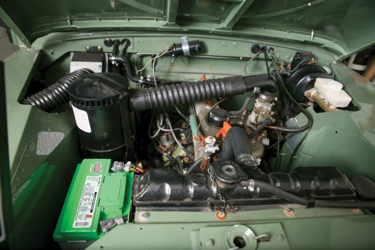 Land Rover Series III 2.3 liter engine