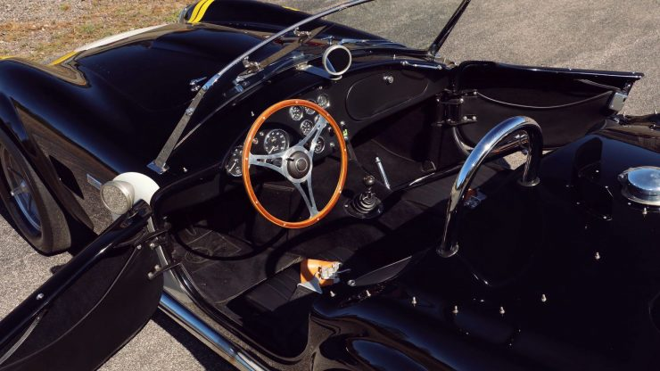 Shelby Cobra Mark I cockpit