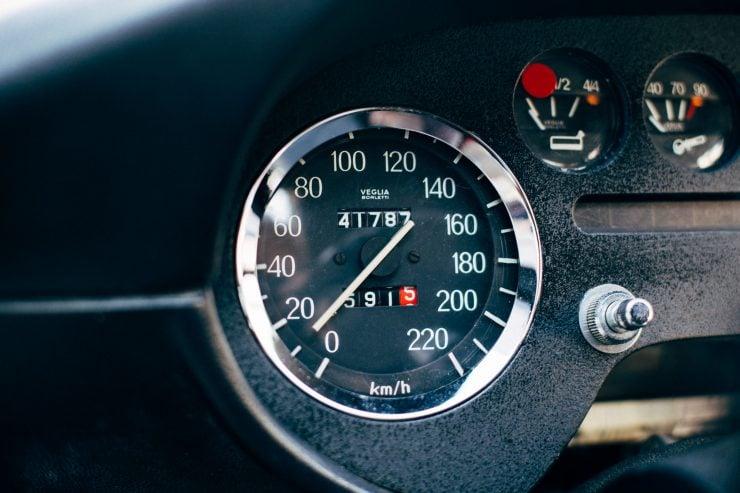 Lancia Fulvia Sport 1600 Zagato Gauges