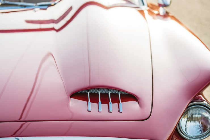 Plymouth Asimmetrica Roadster Hood