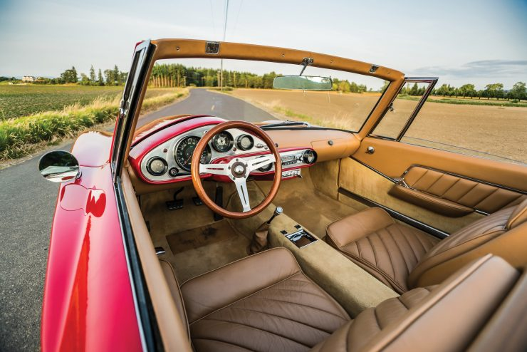 Plymouth Asimmetrica Roadster Interior