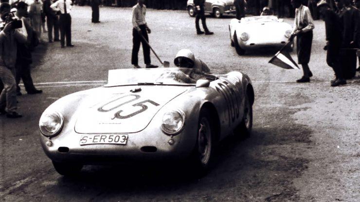 Porsche 550 A Spyder Racing 2