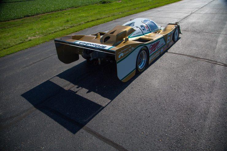 Porsche 962 Back