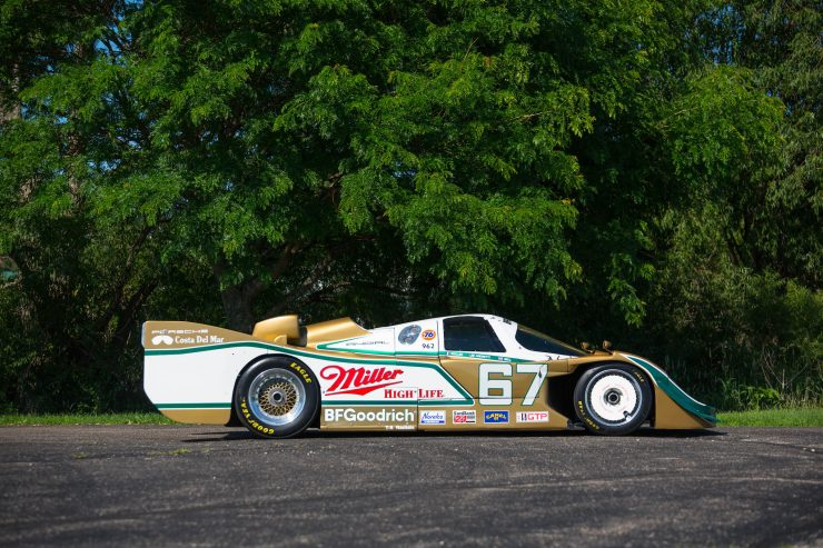 Porsche 962 Right Side