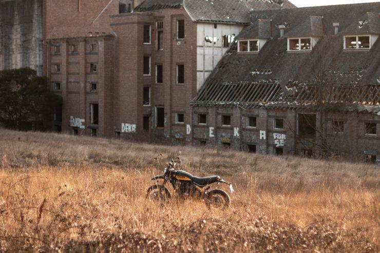 Ducati Scrambler Desert Sled Scene