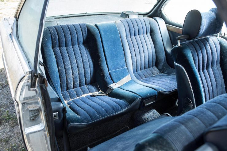 BMW 3.0 CSi Rear Seats