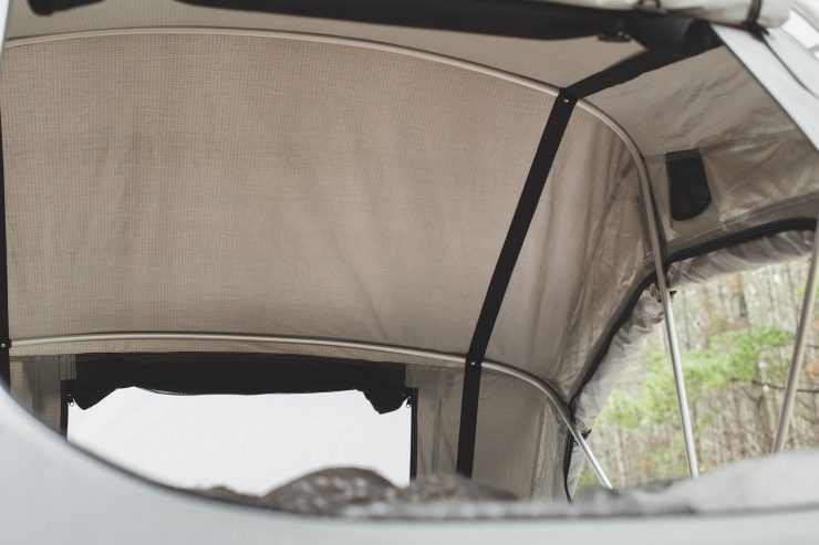 Crow's Nest Two-Person Rooftop Tent by Feldon Shelter 5