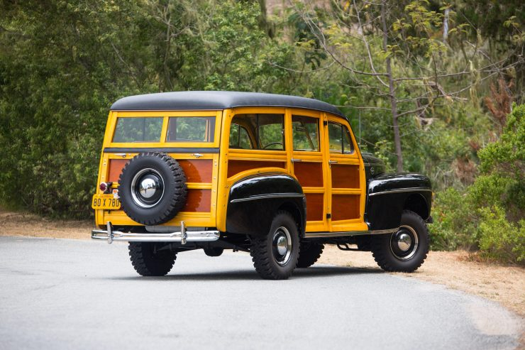Ford Super Deluxe V8 Marmon-Herrington Wagon 4x4 Back