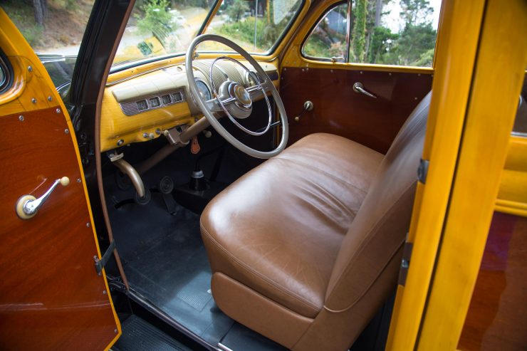 Ford Super Deluxe V8 Marmon-Herrington Wagon 4x4 Interior