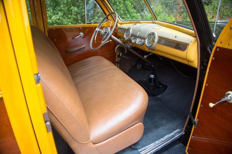 Ford Super Deluxe V8 Marmon-Herrington Wagon 4x4 Interior 2