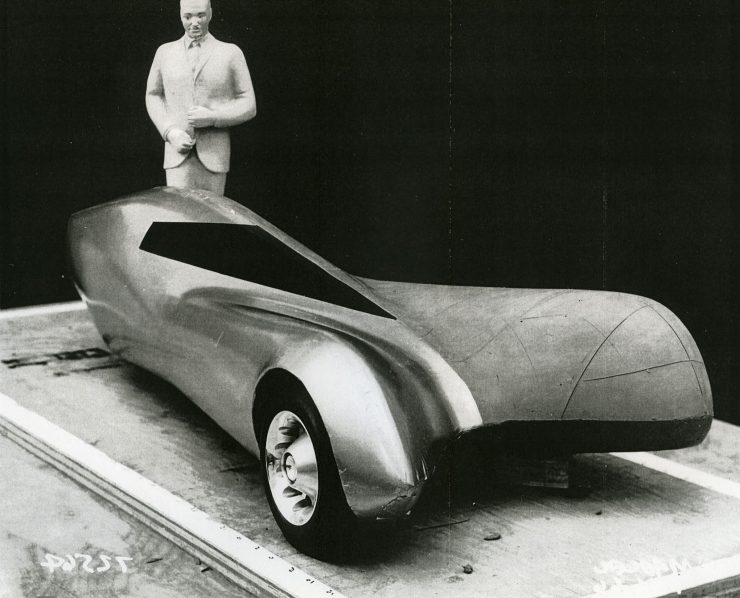 General Motors Three-Wheeler Designed By Peter Maier 5