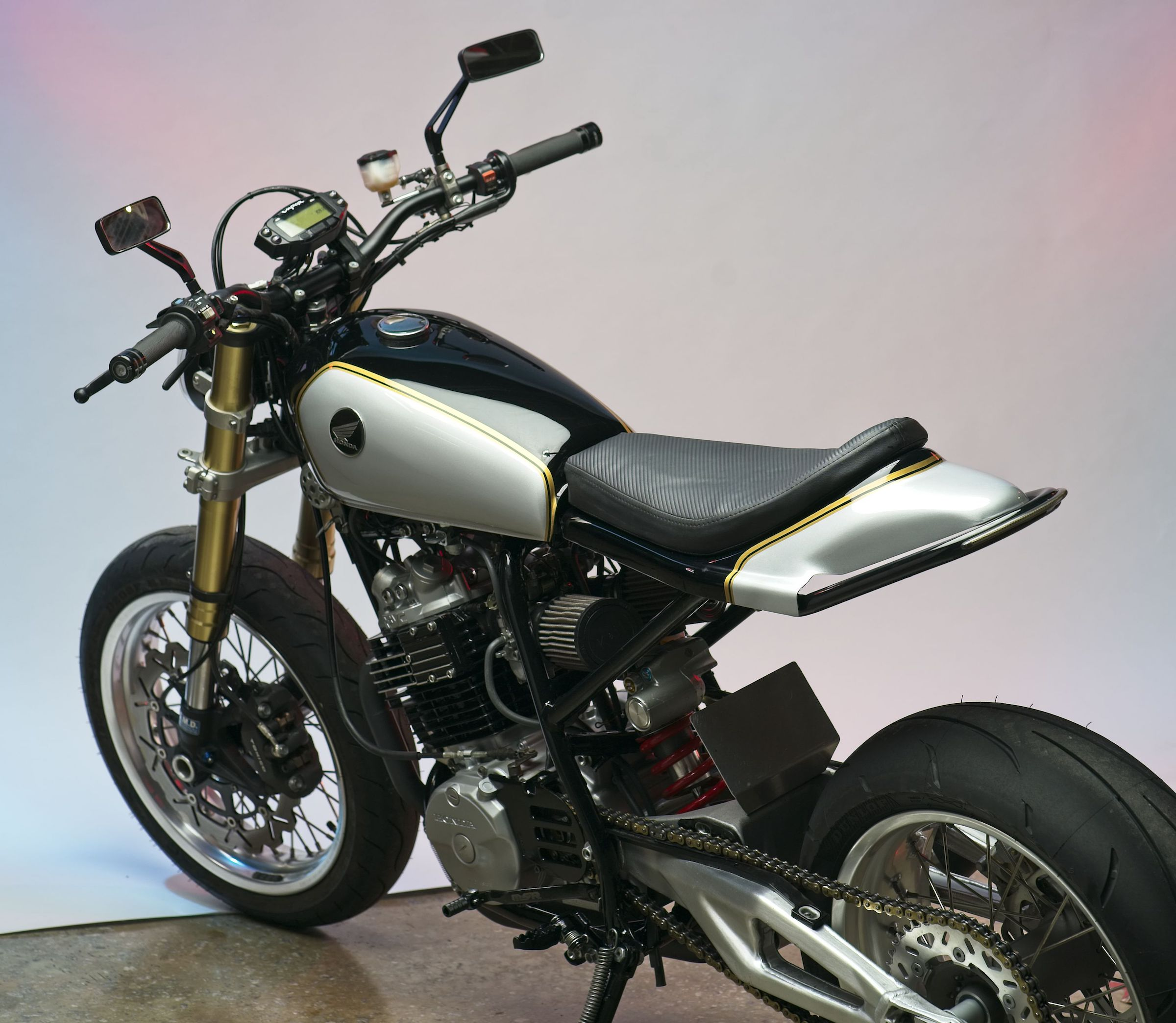 father son project the lloyd brothers honda xl600r street tracker. Black Bedroom Furniture Sets. Home Design Ideas