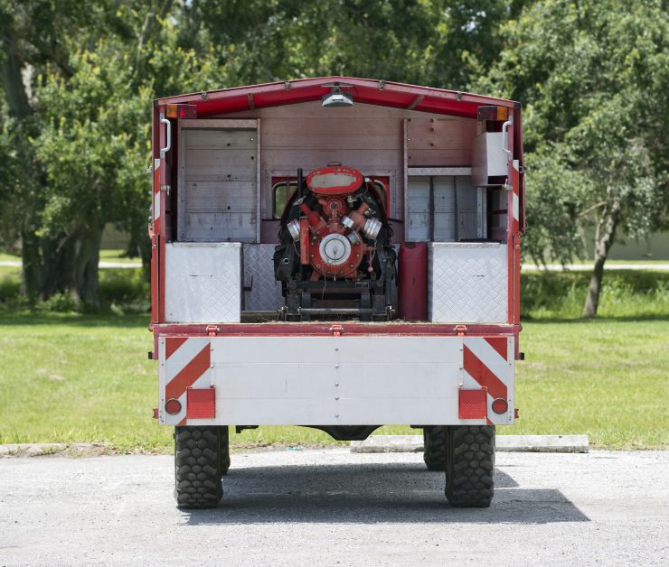 Mercedes-Benz Unimog Back