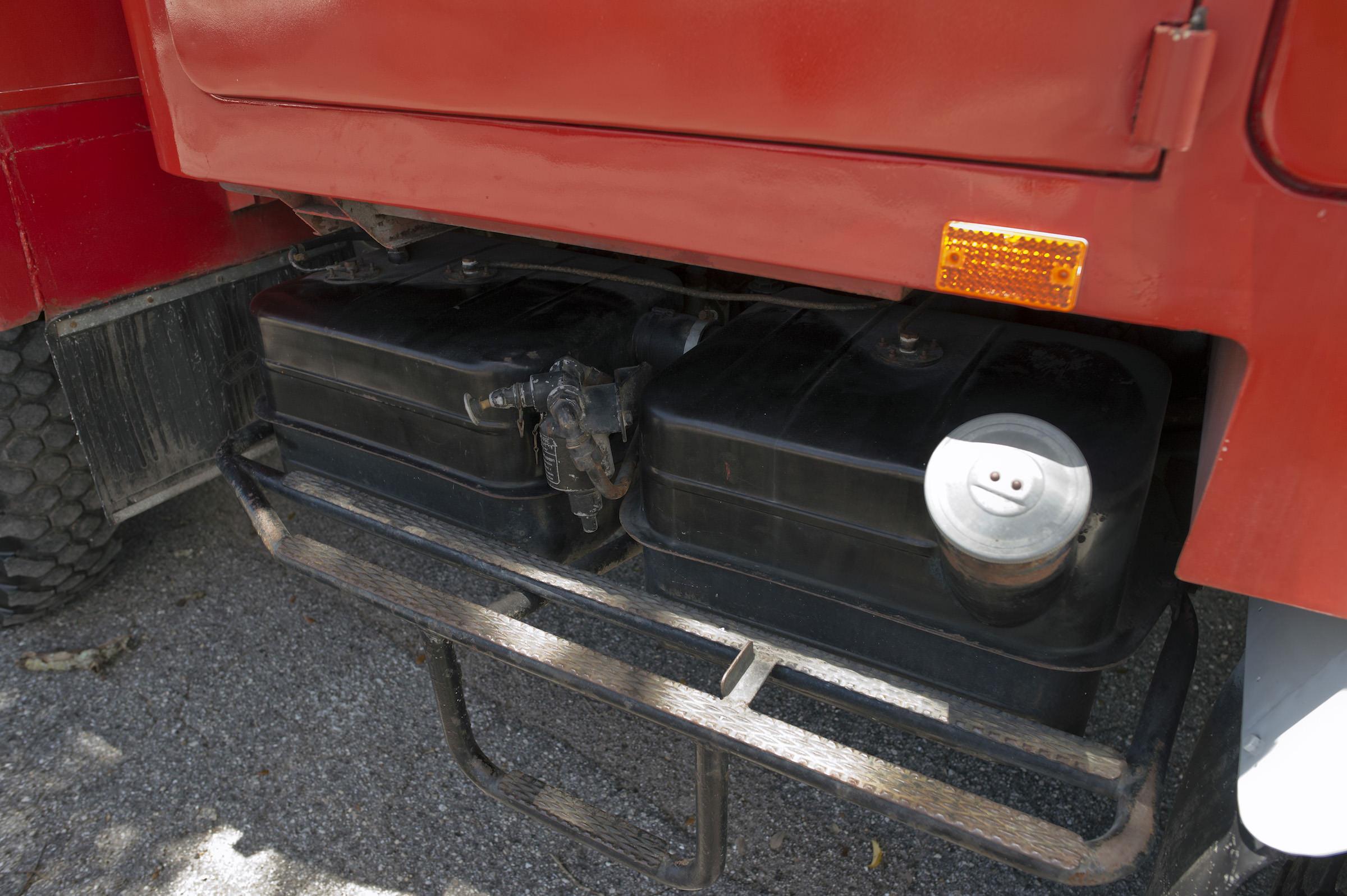 Mercedes Benz Unimog Fuel Tank 1968 mercedes benz unimog 404 mountain rescue fire truck